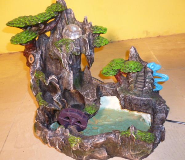 Núi giả trang trí phong thuỷ có nước chảy