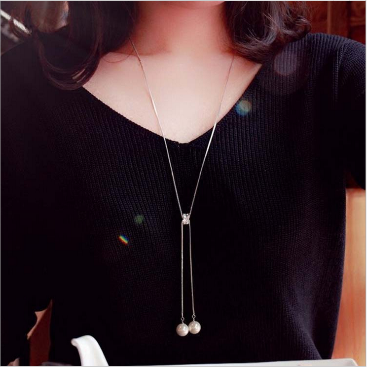 Thiết kế vòng cổ bạc kéo dài hai hột ngọc trai, phụ kiện cho áo len dài tay , xuất xứ Hàn Quốc
