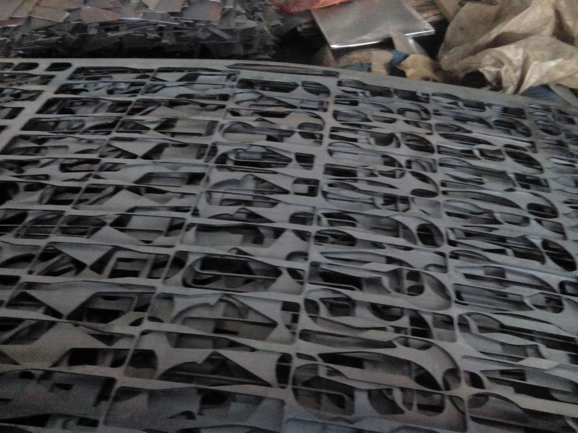Vật liệu lò rèn  Steel scrap, return scrap charge