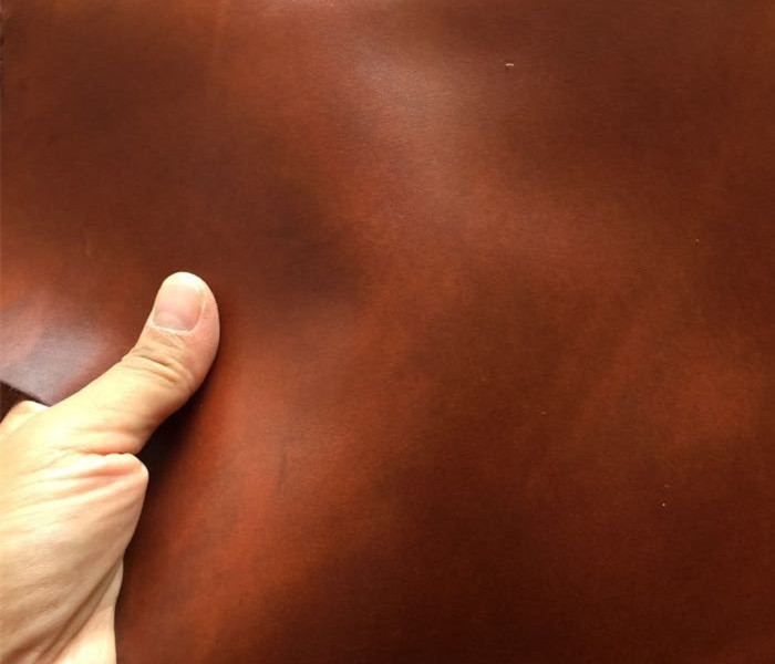 Yellow brown oil wax leather skin head layer cowhide leather imported youpi manual DIY 2mm retro thi