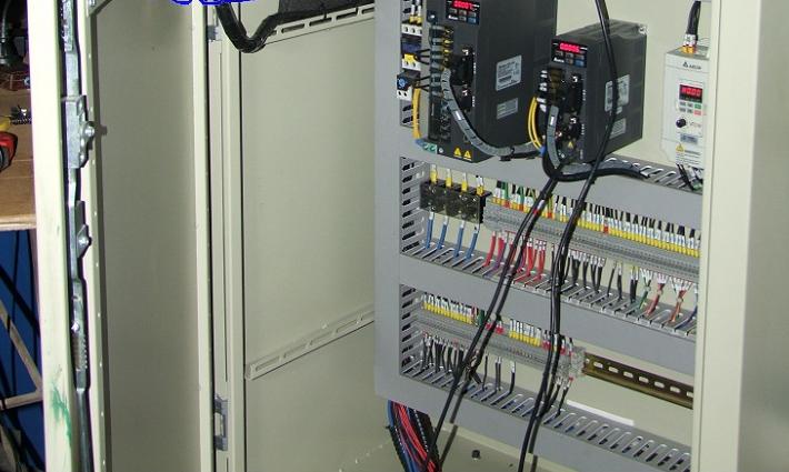 Tủ điện, hệ thống điều khiển điện