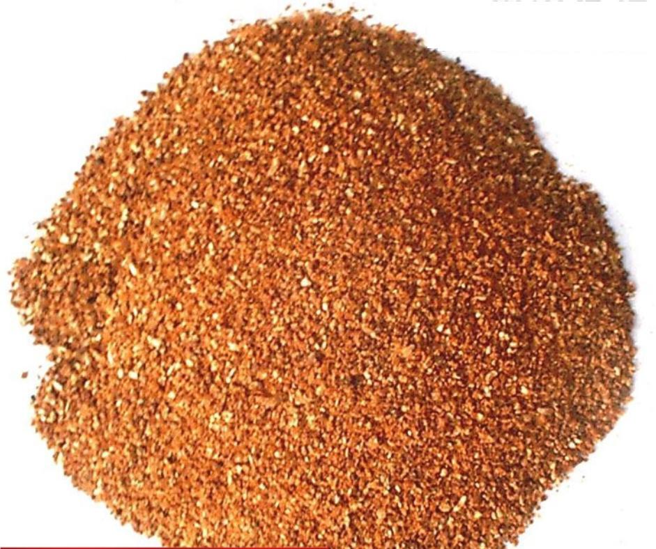 thức ăn hỗn hợp dạng hạt nhiều dinh dưỡng cho lợn