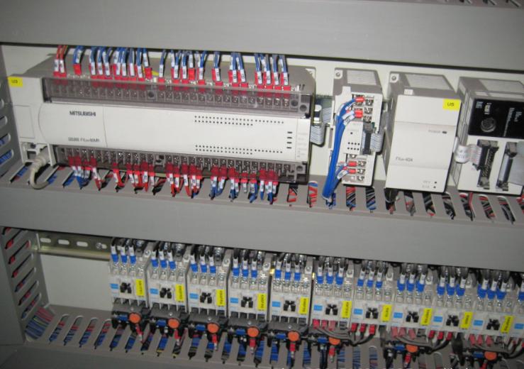 Tủ điện tự động chuyển đổi