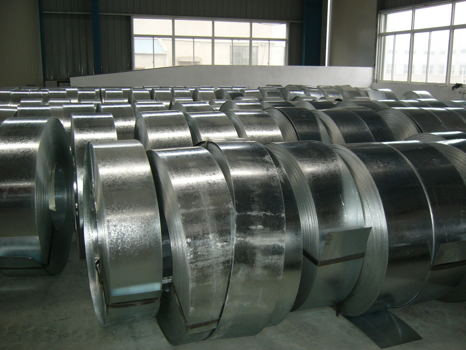 Tôn cuộn   Galvanized steel / hot galvanized steel, width 10-413mm thickness of 0.1 to 4.0, may be