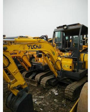Máy đào đất  Hangzhou Excavators - Used Mini excavator - Used Yuchai 18 excavators