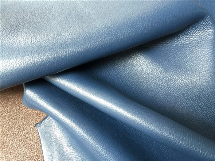 Da bò   Korea milled cowhide natural fall 1.8-2.0MM thick embossed cow leather material original der