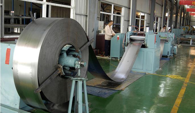 Foshan new Japanese steel galvanized steel DX51D-Z80 0.6 * 1000 * 2000 flowers galvanized steel manu