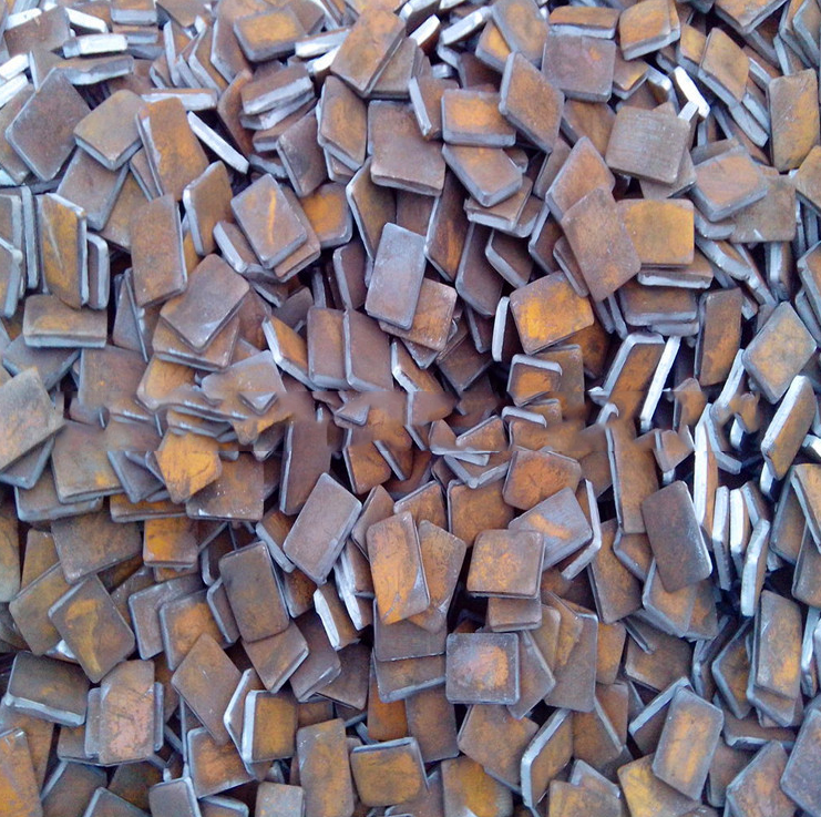 Large supply of scrap steel flange stamping scrap material refined charge