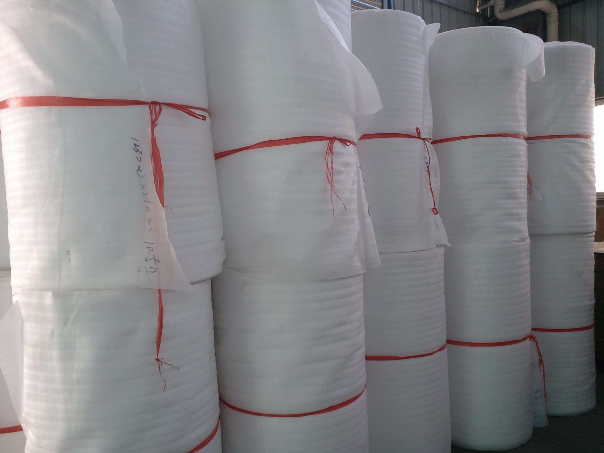 Mút xốp   EPE lined packaging / protective packaging EPE liners, EPE packaging lined with non-slip