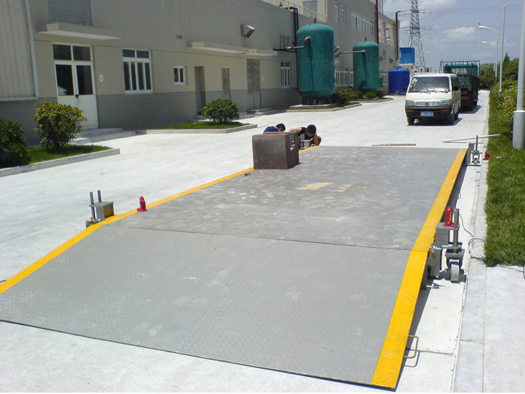 80 tons of automobile electronic weighbridge weighing 3.5 x 20 meters export type electronic weighbr
