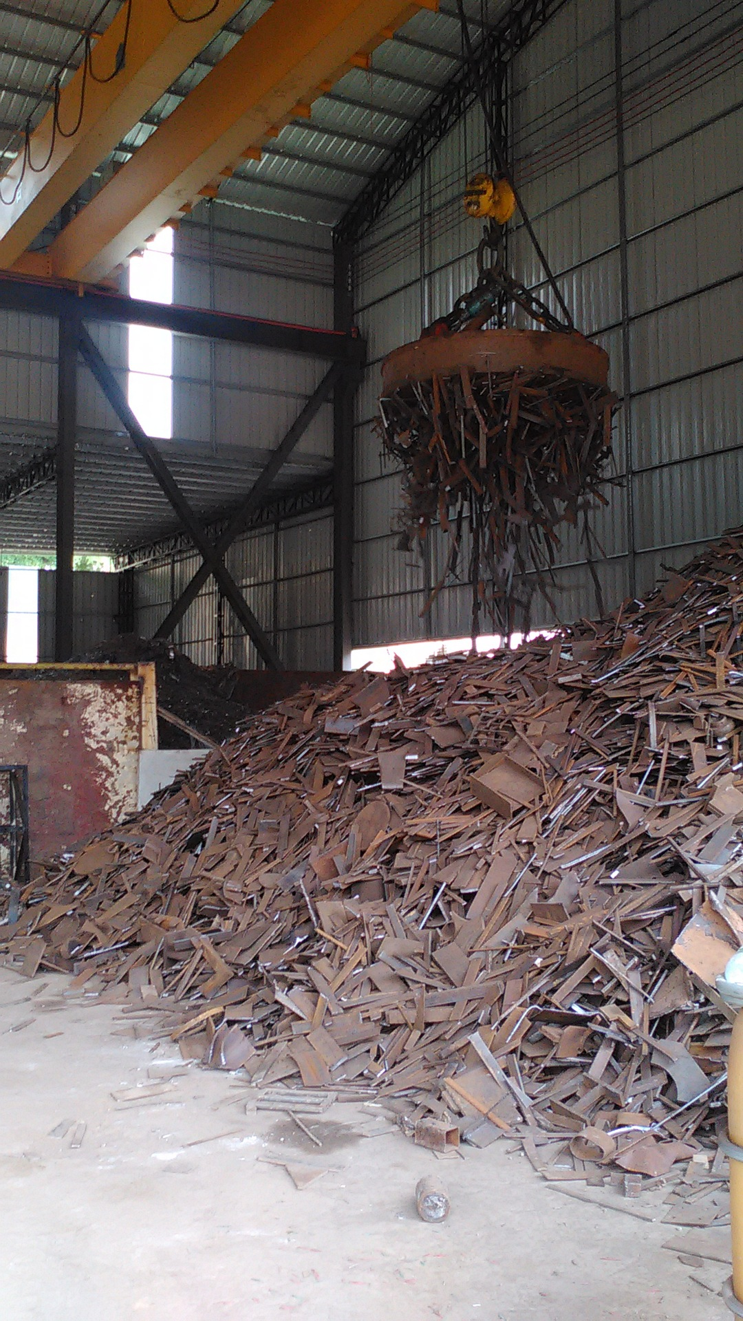 Phế thải kim loại Large supply of foundry scrap, scrap metal complete specifications