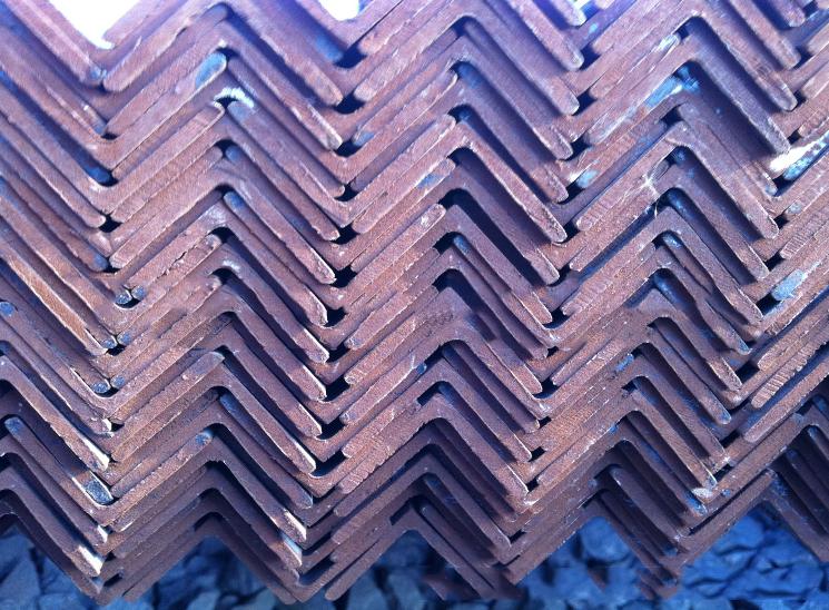 Thép chữ V  Q345B low-alloy angle angle angle angle steel manufacturer 50 * 50 * 3110 * 110 * 5