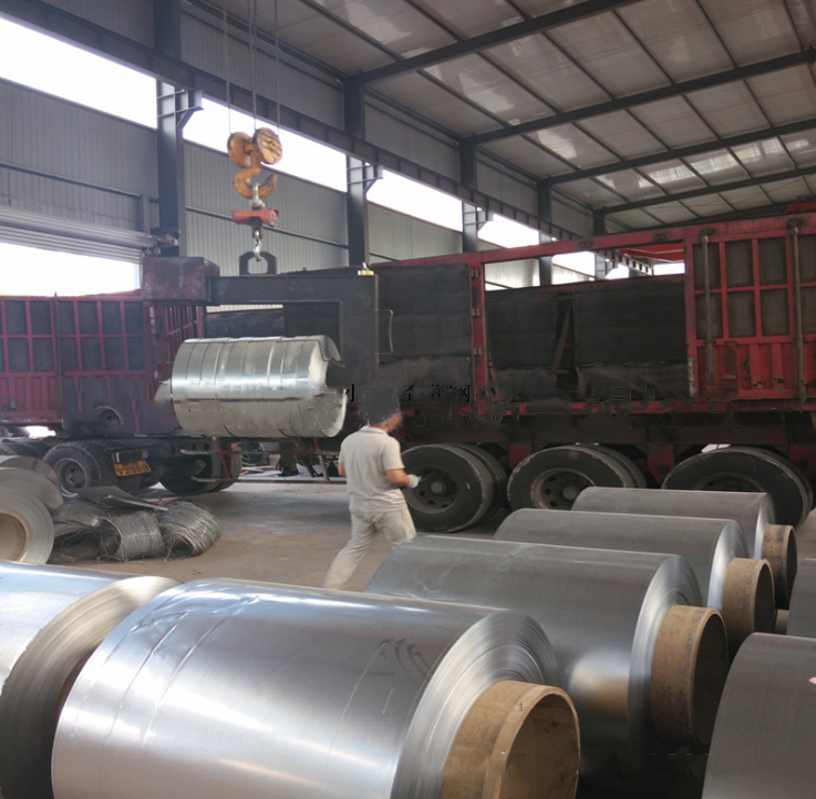 Tôn cuộn  Chimney with thin material galvanized steel galvanized metal machining stamping bending a