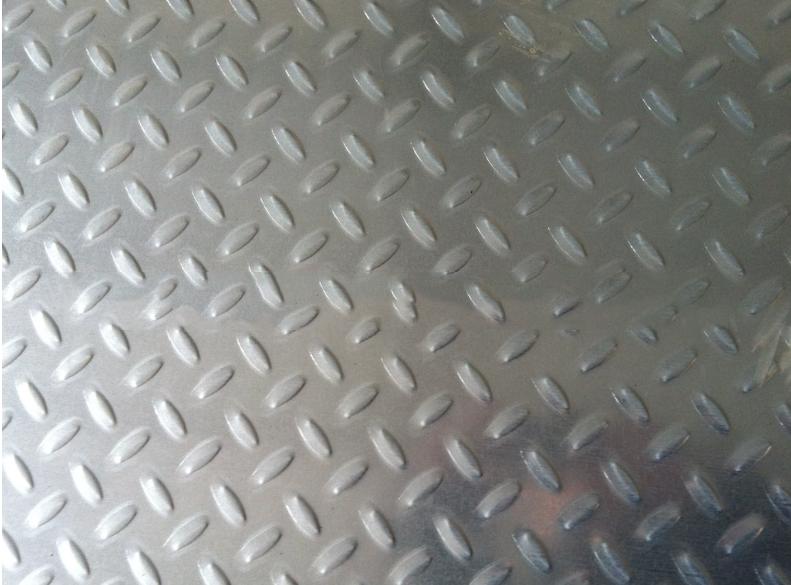 Tôn mạ kẽm  Production 1mm galvanized hot dip galvanized checkered checkered embossed galvanized sh