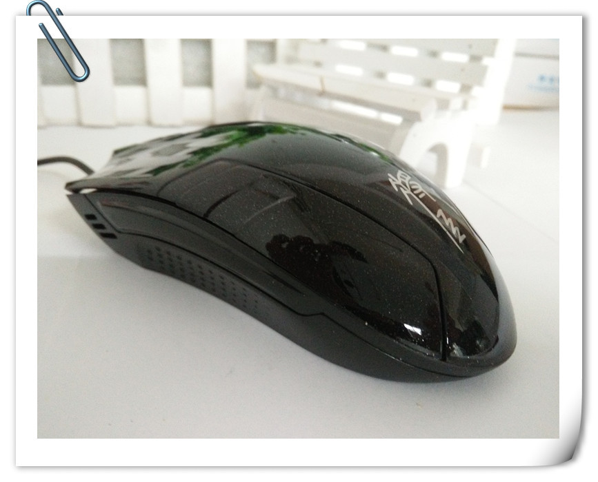 Thị trường phụ kiện vi tính  DA Hornet Blu-ray gaming mouse wired mouse computer accessories wholes