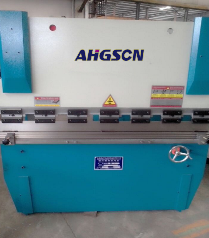 Máy tiện CNC  30t1600 twisting axis synchronization small bending machine, high-quality hydraulic b