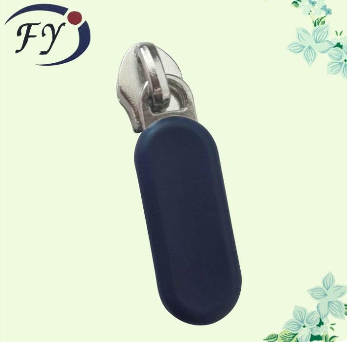 Đầu khoá kéo EU manufacturers selling green plastic pull head plastic Chapter zipper head Shelf