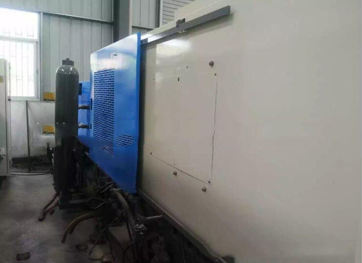 Máy ép nhựa  Toyo 130/280/280/350 second-hand injection molding machine injection molding machine i