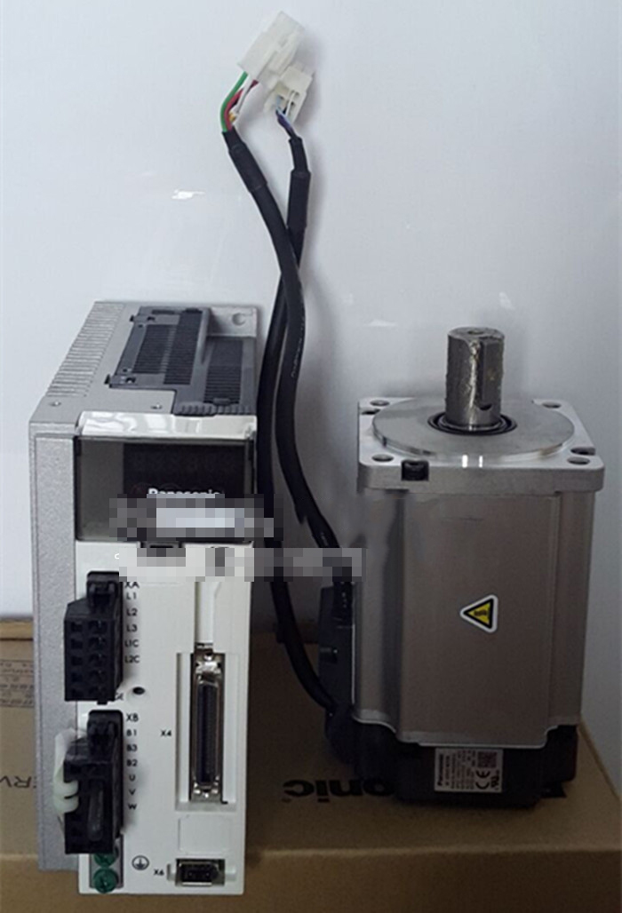 Mô-tơ Servo   Panasonic / Matsushita servo motor 750W MHMD082G1U / MHMD082G1U + MCDHT3520E