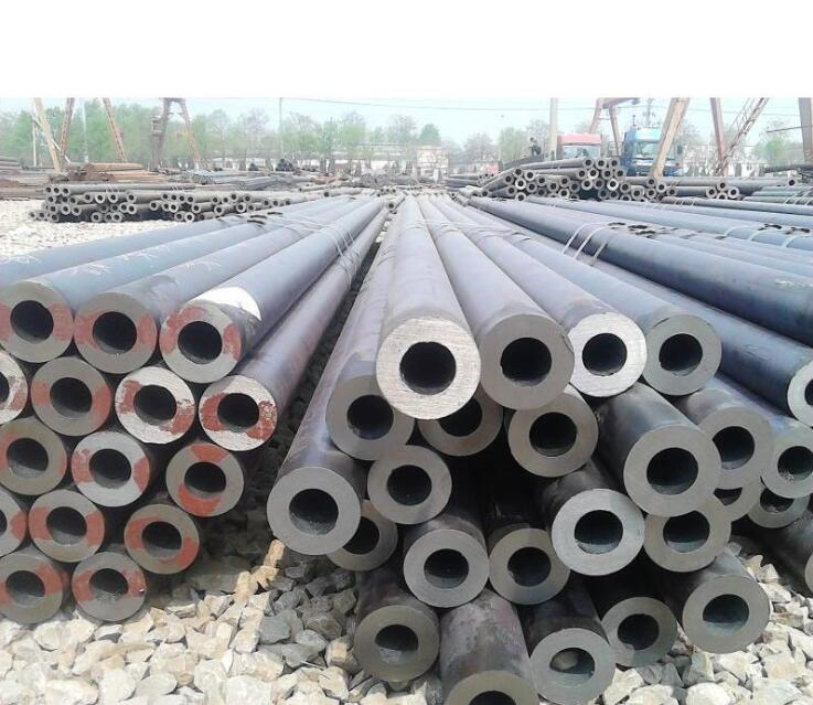 Spot # 20 Material Specification 152 * 25 6 m length of hot-rolled seamless steel pipe