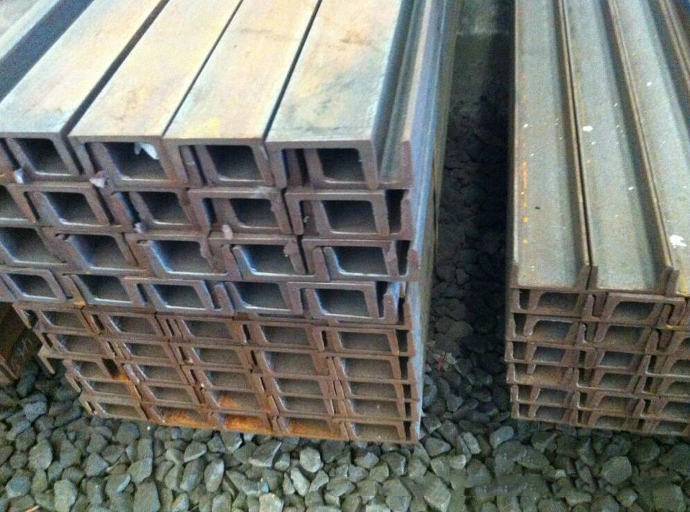 Large supply of 6.3 # 6 60 * 40 * 4.8Q235 material hot dip galvanized channel steel channel complete