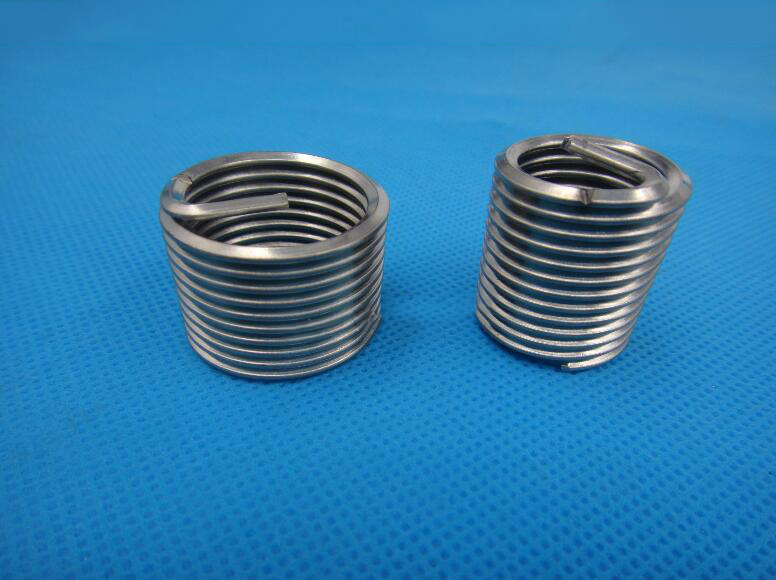 Thép gân  304 stainless steel threaded sleeve/wire/a screw thread cases/screw M12M14M16M18