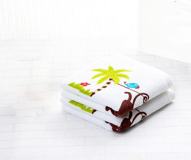 Vải khăn lông  The Japanese cartoon printing infield child towel Cotton Towel wash water wash towel