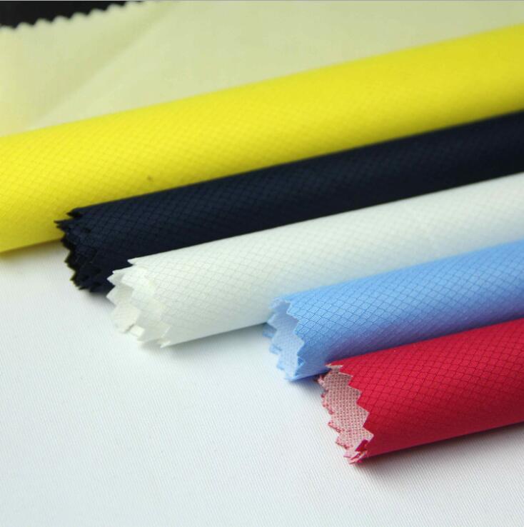 Vật liệu tổng hợp Composite polyester pongee yin and yang grid jacquard fabric 75D * 75D polyester f