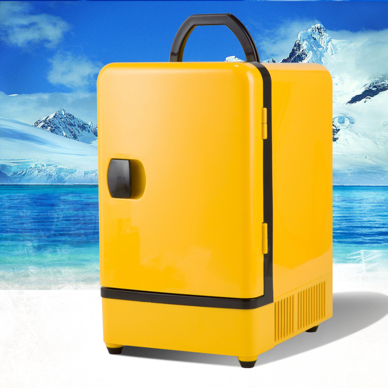 Hot selling 7 liters of hot and cold vehicles dual purpose small refrigerator car dual-use electroni