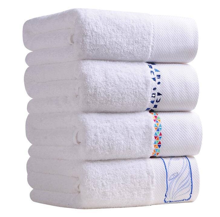 Khăn bông trắng cotton dày dặn dành cho khách sạn 5 sao