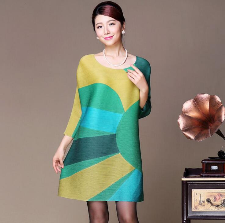 KW0020-half circle of the sun dress new mother loaded women Miyake folds life explosion coat