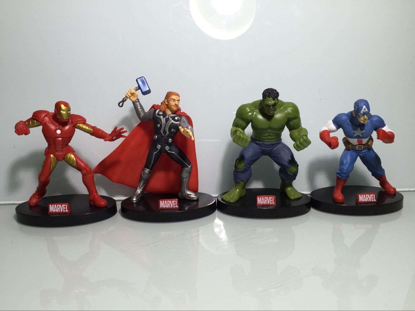 The Avengers 2 Iron Man green giant Captain America Thor 4 Doll Set scene doll ornaments
