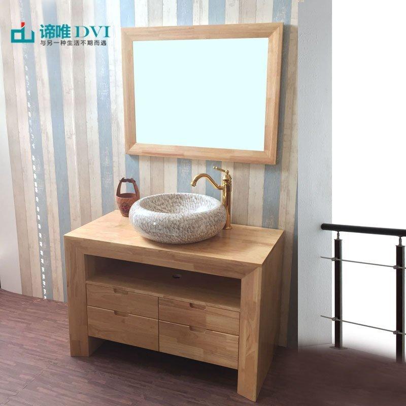 Tủ phòng tắm và bồn rửa mặt kiểu dáng sang trọng, nhẹ nhàng