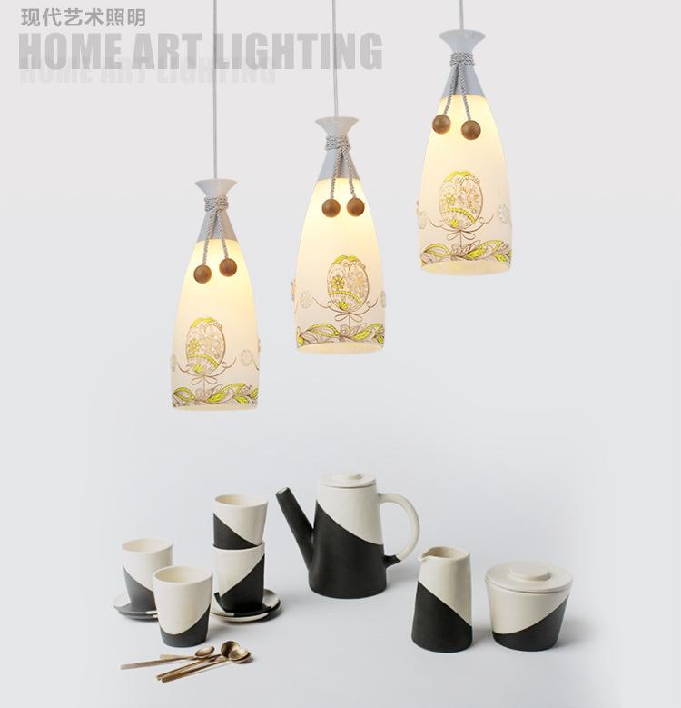 Một cái đèn chùm đèn chùm đèn ba đĩa hàng đầu cá tính sáng tạo ánh sáng đèn ba