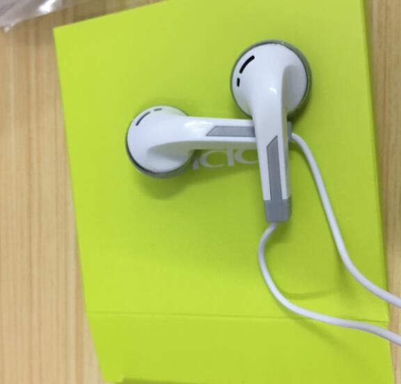Tai nghe có dây   Các OPPO R7 R9 R3U750T dây phẳng mới với tai lúa mì công thức OPPO nhà máy ban đầu