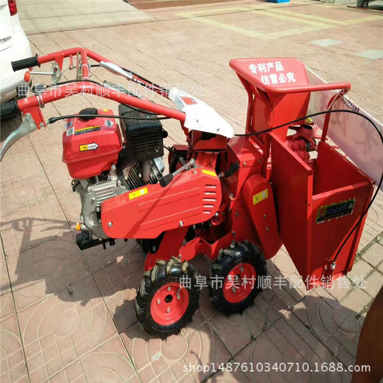 may vot Corn hand picking machine, small diesel oil corn picking harvester