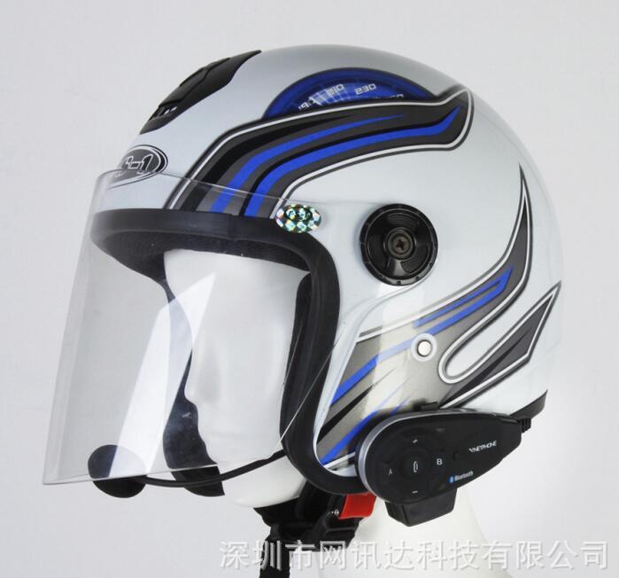 Full duplex Bluetooth bike motorcycle intercom 5 1000 meters intercom waterproof FM to listen to Blu