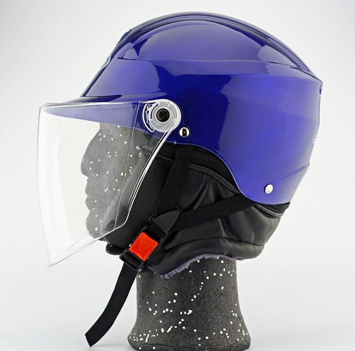 Manufacturers wholesale motorcycle helmets electric car helmet battery car helmets four seasons helm