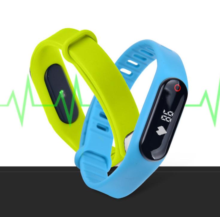 nguồn hàng đen, thông minh chống thấm nước. Đồng hồ đo chuyển động vòng tay qua Bluetooth bước giám