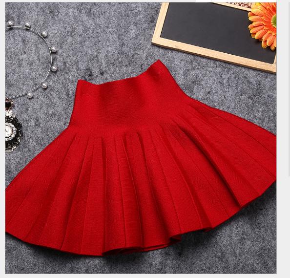 Váy Quần áo trẻ em mới 2017 thân váy thời trang cô gái đan len subunicolor váy nữ váy xếp nếp bán bu