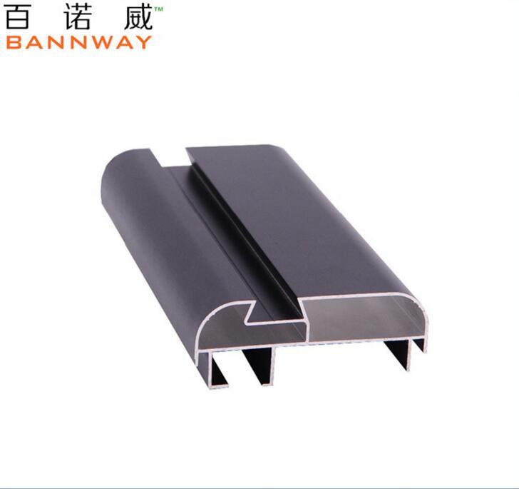 Vật liệu dị dạng Phun alumina Profiles nhôm Profiles điện ISO Profiles nhưng mốc mở đầu tiên.