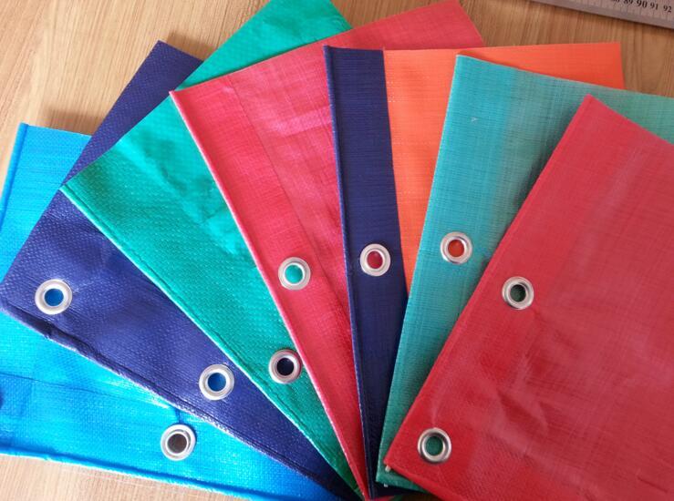 Bạt nhựa Nhà sản xuất hàng bán buôn PE vải bạt nhựa vải che vải che mưa thấm nước kem chống nắng chố