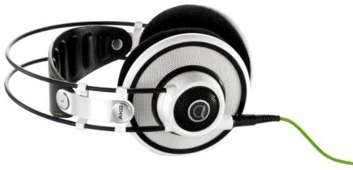 AKG Q701 đeo tai nghe stereo đầu kiểu Hi - Fi Reference cấp tai nghe màu trắng.