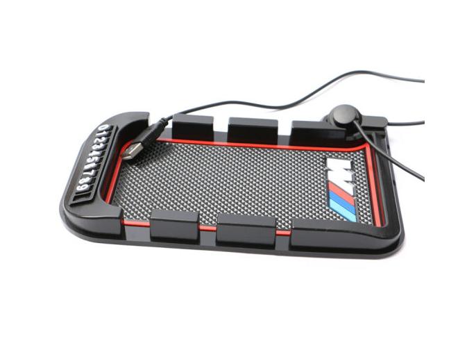 1 triệu Rev McNair xe chở chiếc điện thoại có nhiều khả năng nạp từ khung xe hút sạc điện thoại trơn