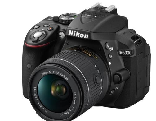 máy ảnh Nikon (Nikon) D5300 (AF-P DX 18-55mm f/3.5-5.6G VR) màu đen.