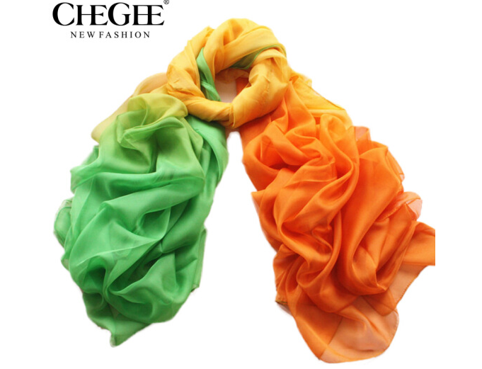 chegee Trộn CHEGEE tuyển tập khăn quàng khăn nữ biển nghỉ du lịch tăng dần màu kem chống nắng khăn q