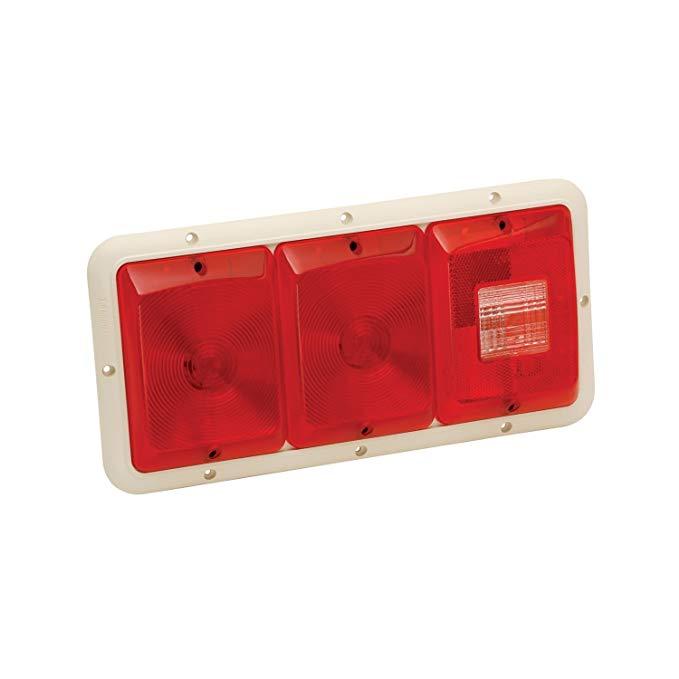 Đèn Ba đuôi ngang ánh sáng đỏ