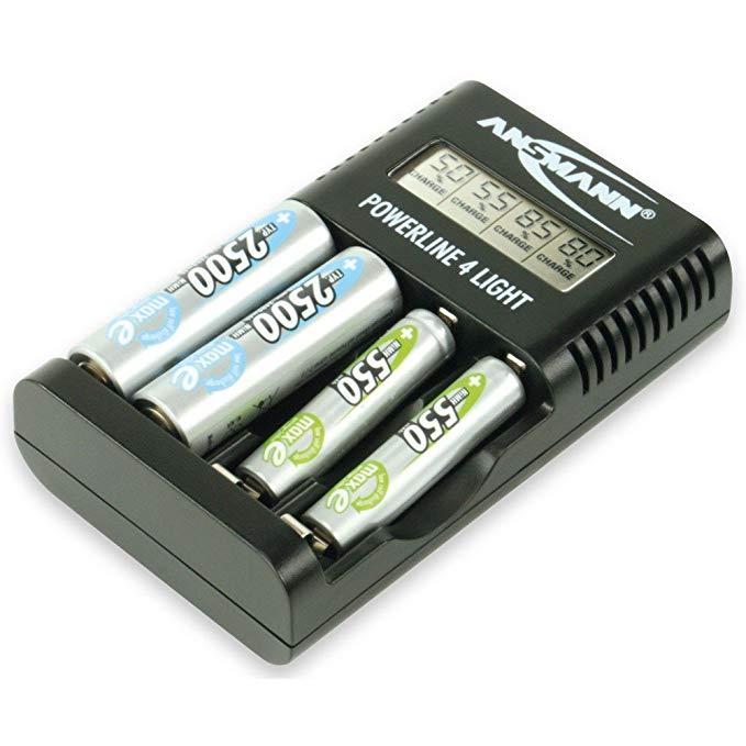 Bộ sạc pin thông minh cho loại pin AA & AAA có thể sạc lại .