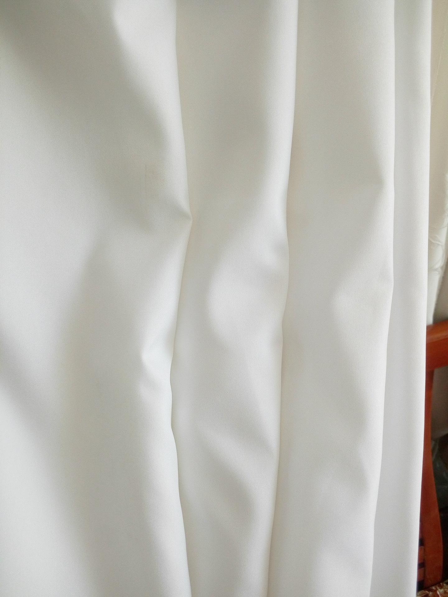 Hóa chất sợi vải màu xám quần áo là màu trắng tinh khiết nhà sản xuất vải sản xuất chi tiết kỹ thuật