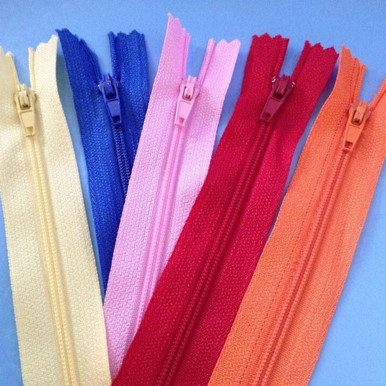 Các nhà sản xuất kho màu 3 nylon truy cập dây kéo 20 CM nylon đóng đuôi dây kéo quần quần áo dây kéo
